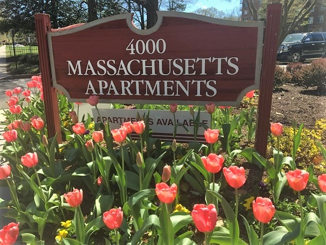 4000-mass-ave-apts